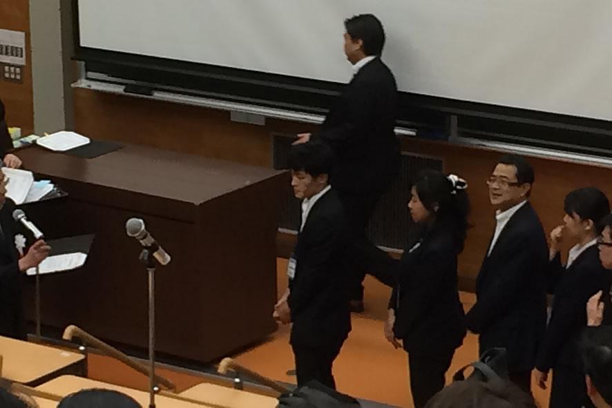 受賞者の列に松永教授?